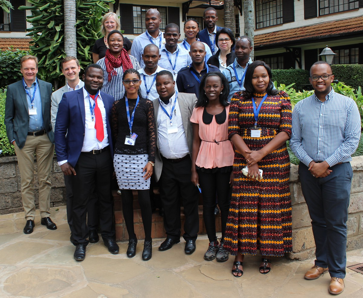 All participants and trainers of the KAS E-lection Bridge Academy workshop in Nairobi