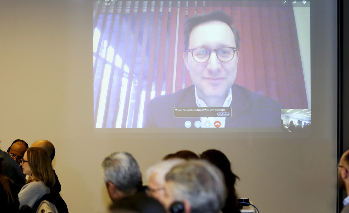 Matthew Levitt, Direktor des Stein Program on Counterterrorism and Intelligence vom The Washington Institute for Near East Police, war per Skype zugeschaltet.