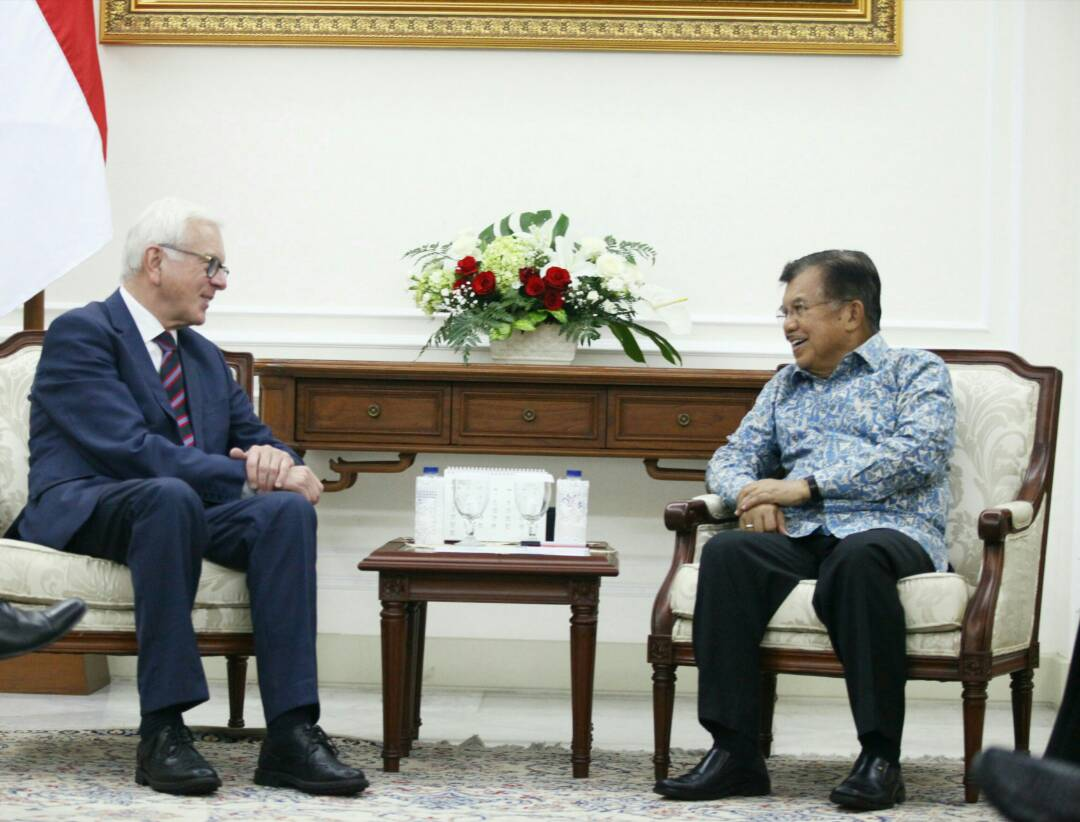 In Jakarta, Dr. Hans-Gert Pöttering met with the Vice-President of the Republic Indonesia, Jusuf kalla.