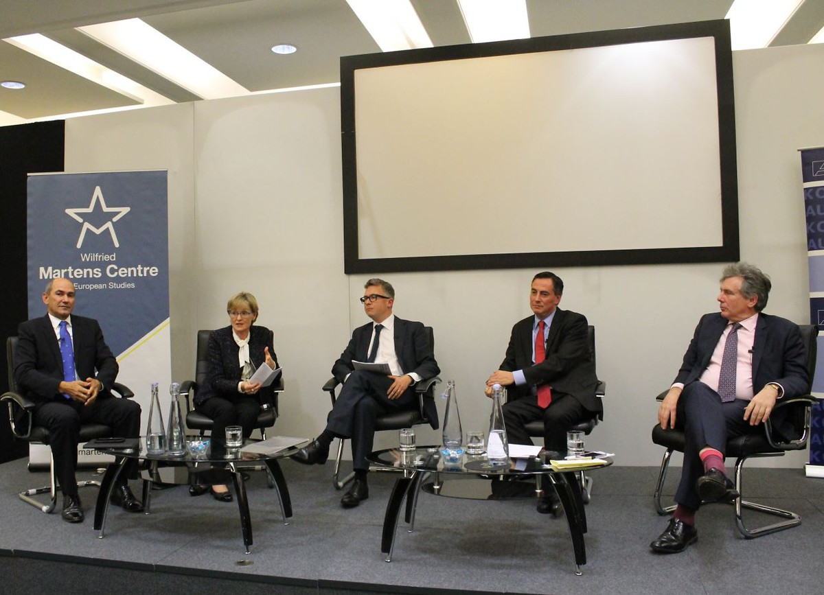 From left to right: Janez Janša, former Prime Minister of Slovenia; Mairead McGuinness, Vice President of the European Parliament; Iain Anderson, Cicero Group Chairman; David McAllister, CDU MEP; & Neil Carmichael, Conservative MP