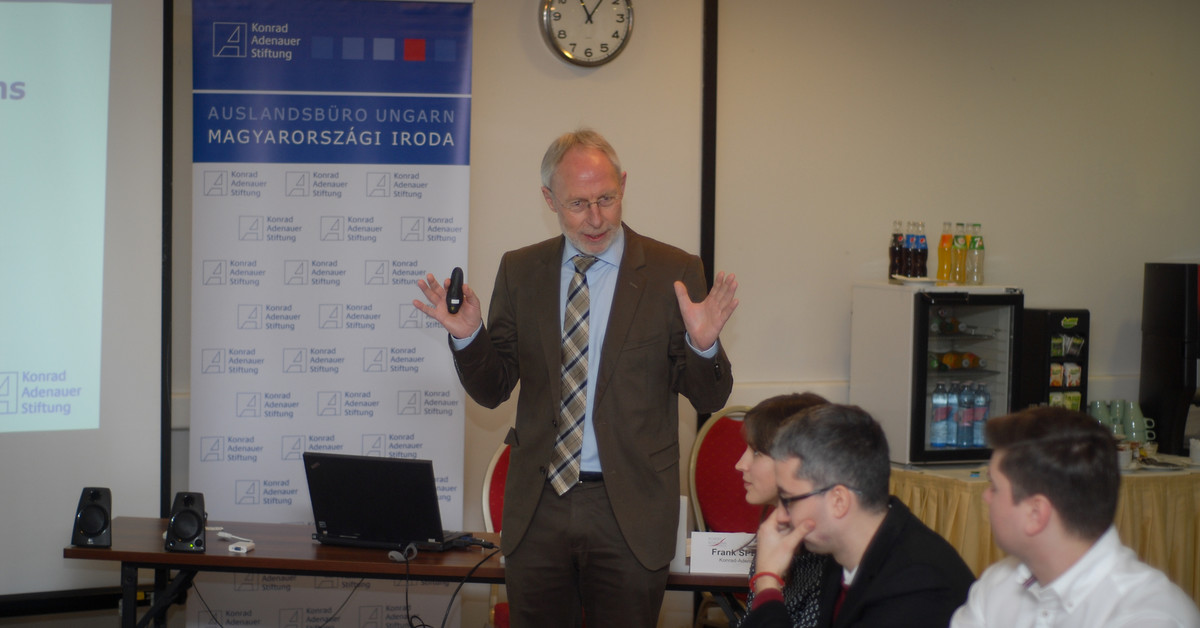 Frank Spengler, Resident Representative of the Konrad-Adenauer-Stiftung in Hungary, during his speech in front of the participants.