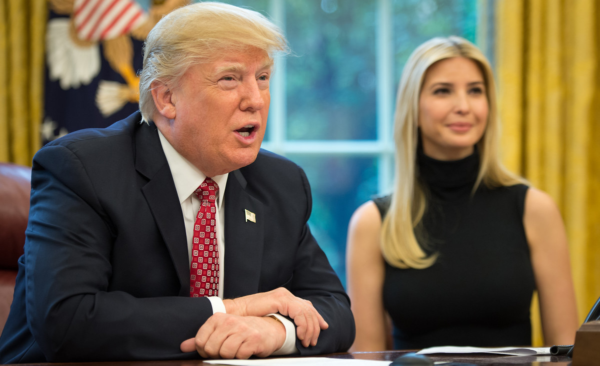 "US-Präsident Donald Trump und ""First Daughter"" Ivanka Trump m Weißen Haus, 24. April 2017 