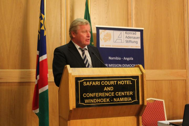 Dr. Bernd Althusmann, Head of the KAS office Namibia & Angola, delivered some welcoming words to the participants