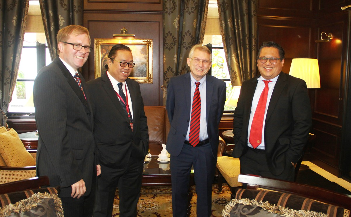 From left: Mr. Carsten Fischer, Deputy Head of Mission, Embassy of the Federal Republic of Germany in Malaysia; Dato' Steven Wong, Deputy Chief Executive, Institute of Strategic and International Studies Malaysia; Mr. Wolfgang Hruschka, Country Director, Konrad-Adenauer-Stiftung Malaysia, and Datuk Nur Jazlan Mohamed, Deputy Home Minister of Malaysia.