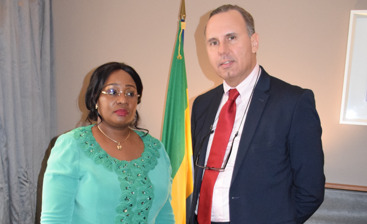 AMCEN President Minister Estelle Ondo (Ministry of Forestry, Fisheries and the Environment Responsible for the Protection and Sustainable Management of Ecosystems) and Prof. Oliver Ruppel, director of KAS regional program for Climate Policy and Energy Security in Subsaharan Africa