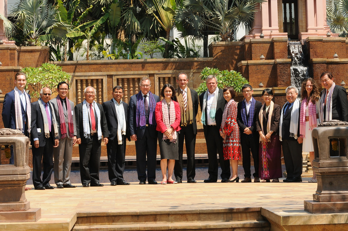 Participants of the 2nd Research Group on 'Constitutionalism in Asia'