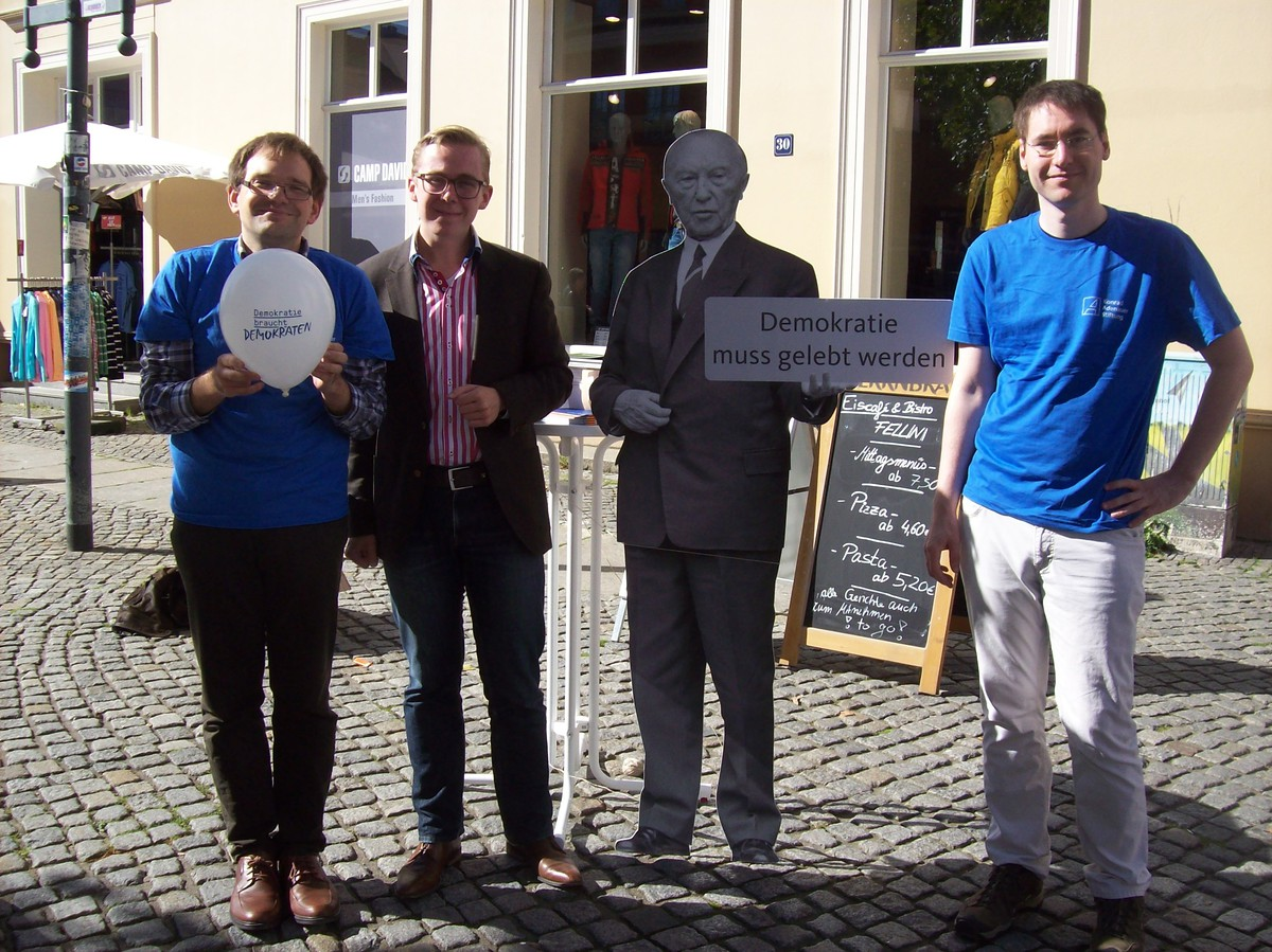 Internationaler Tag der Demokratie 2015 in Greifswald / MV