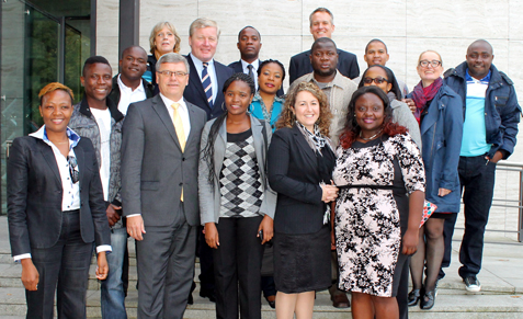 The delegation with Dr. Althusmann (back raw, 2. from left) met with the deputy head of the department for European and International Cooperation, Mr. Priess (fron raw, 3. from left), Mrs. Ostheimer (middle row, 2. from the right), head of Team Africa, Mrs. Lerch (back row, 1. from left), Secretary of Team Africa, as well as the Secratary of Domestic Programs, Mr. Bohnet (back row, 1. from the left) for a get-together at the Academy of the Konrad Adenauer Foundation.